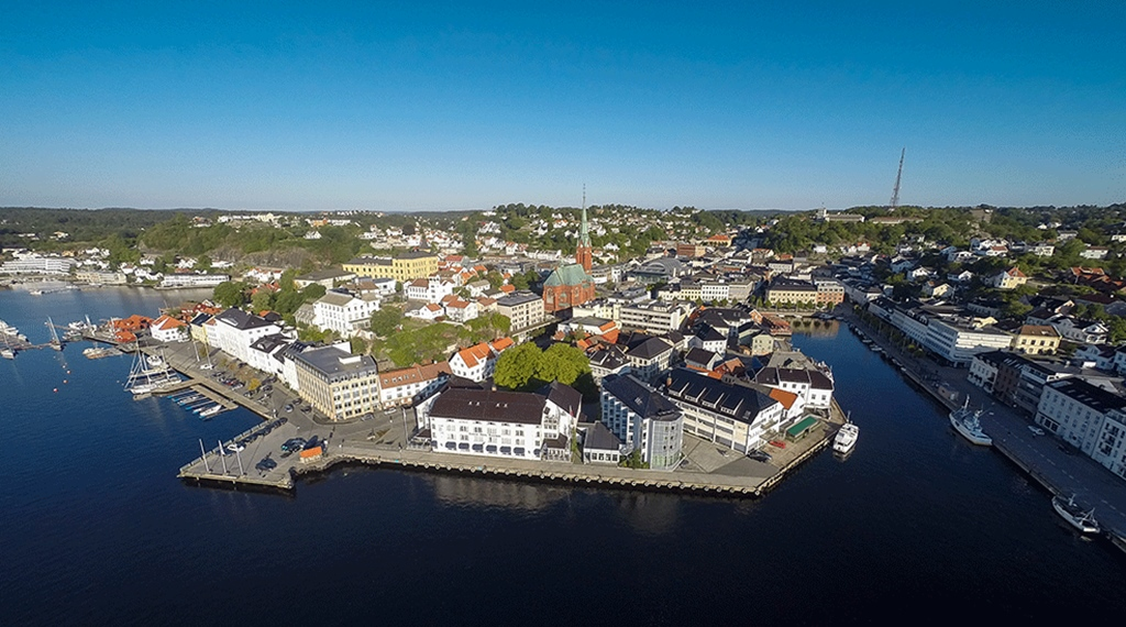 Karta Arendal Norge.Clarion Hotel Tyholmen Hotell Arendal